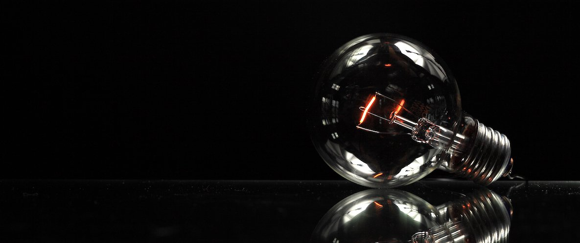 dying lightbulb