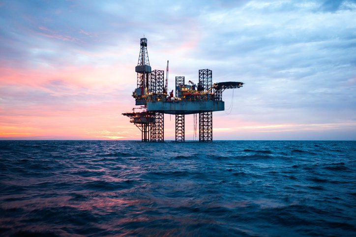 An image of an oil rig at sea
