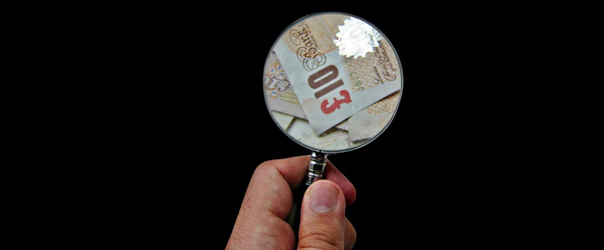 magnifying glass centred